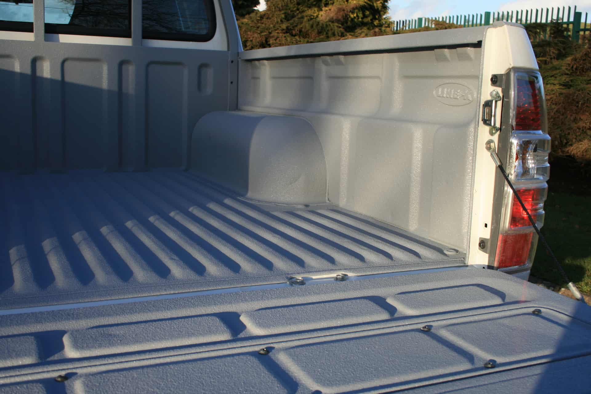Spray Lining for Pick up Truck
